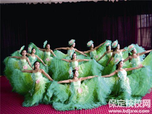 保定艺术学校舞蹈表演专业